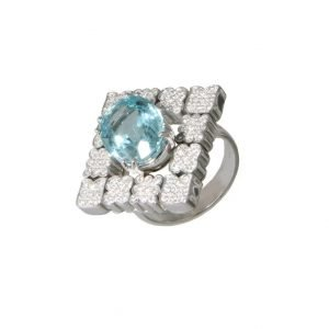 Anello con acquamarina con pavè di diamanti