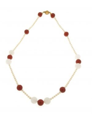 Collana di perle cotlivate acqua dolce con boules di pietra di luna e diaspro
