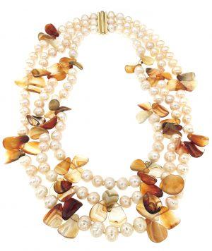 Collana di perle lago Biwa e corniola