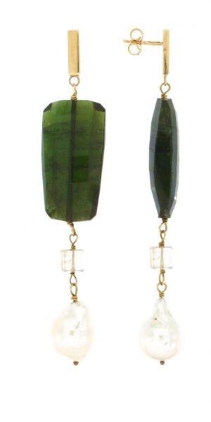 Orecchini pendenti con tormalina verde e perle d'acqua dolce naturali